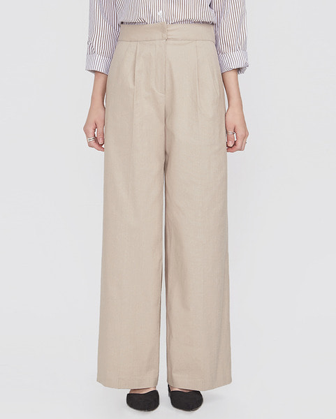 hide closing pintuck slacks (s, m)