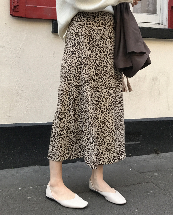 interested leopard long skirt (s, m)