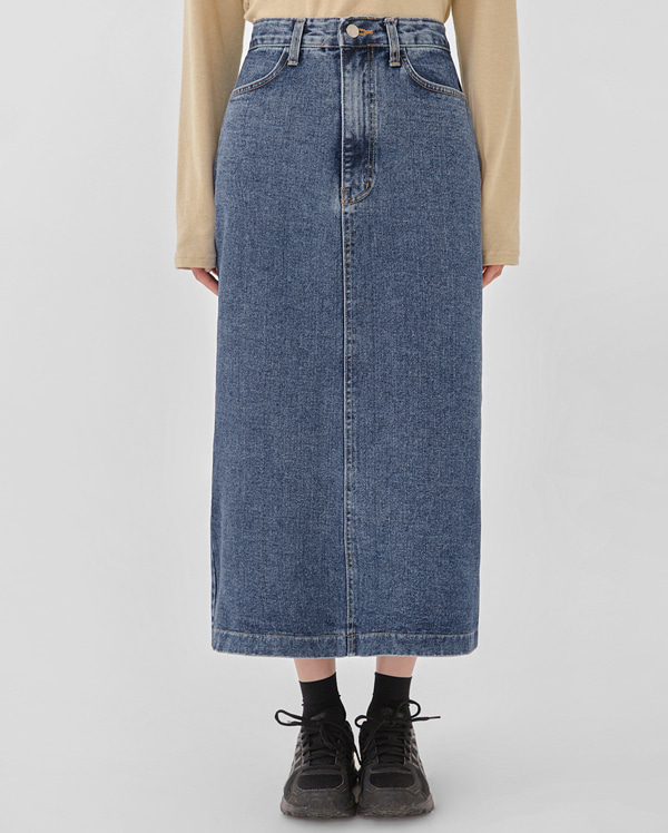 jenner denim long skirt (s, m)