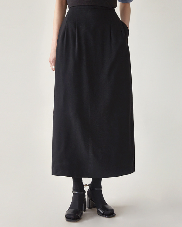 eight slit H-line skirt (s, m)