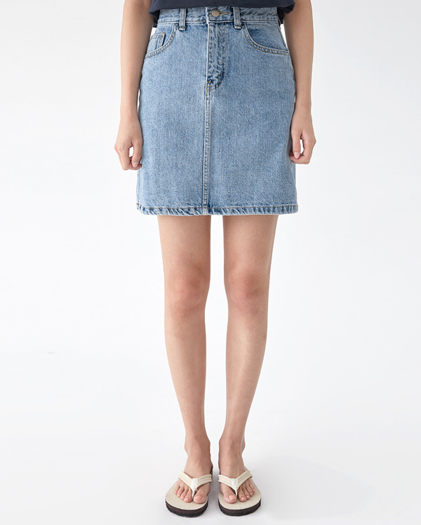 dart denim mini skirt (s, m)