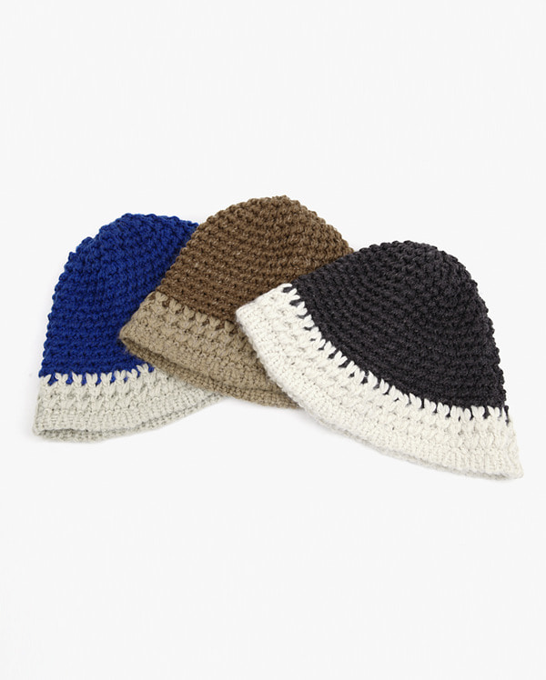 hint contrast knit bucket hat