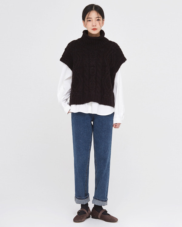 london turtleneck cable knit vest
