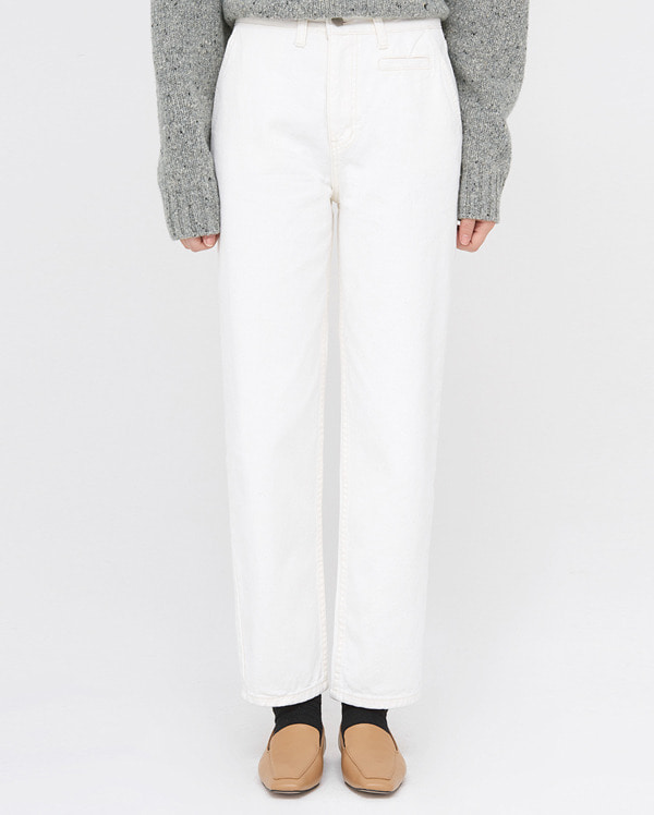 in straight line white jean (s, m)