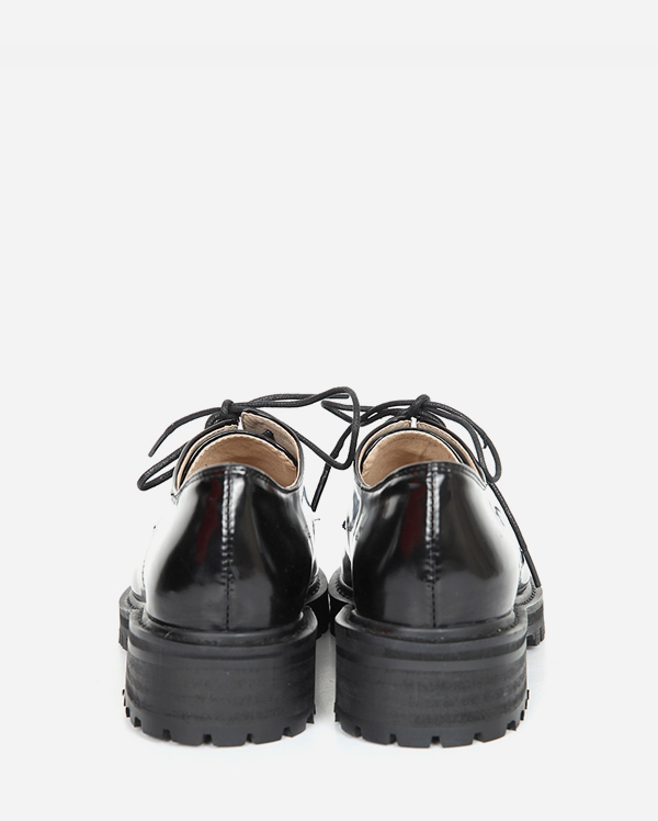 mannish square loafer