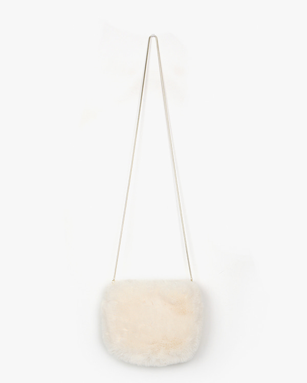 cloud fur shoulder bag
