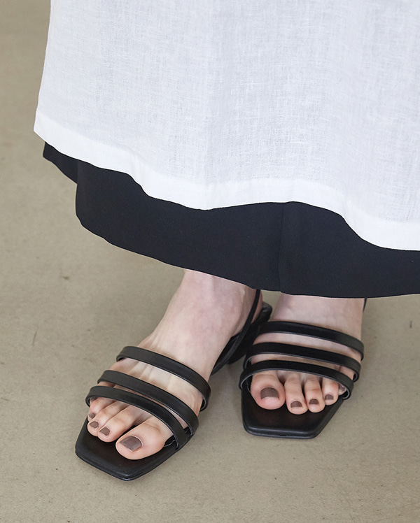 three line strap sandal (230-250)